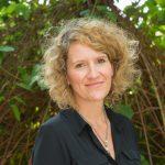 Dr. Stefanie B. Peters